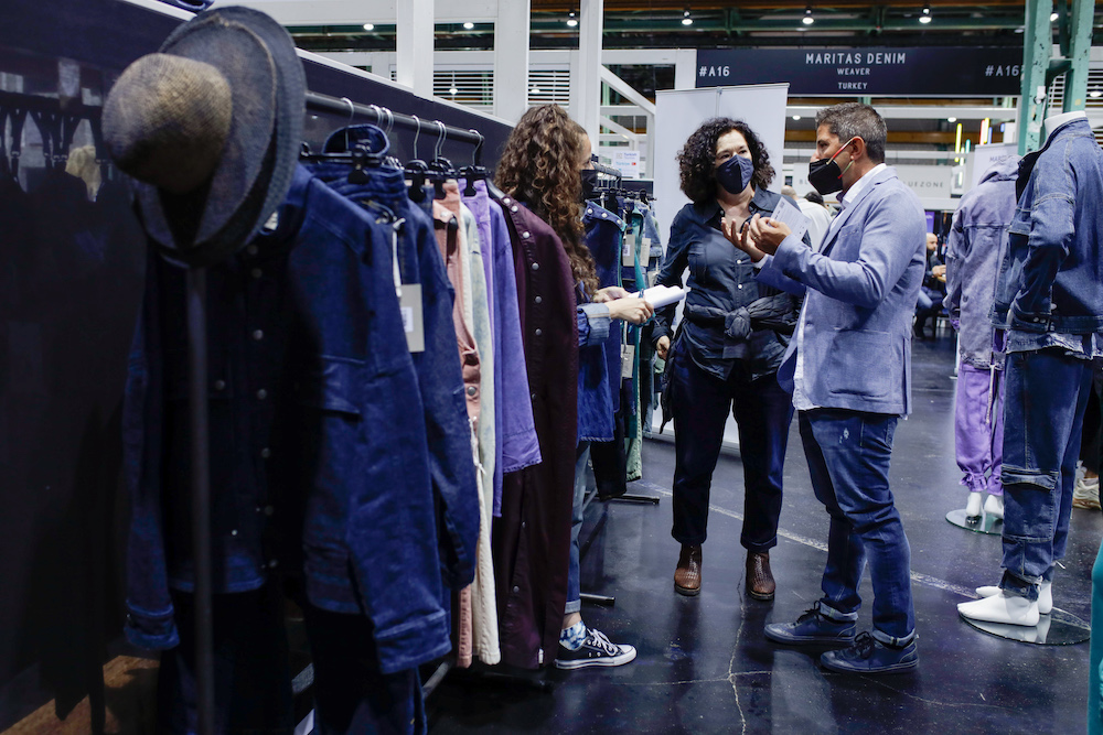 Munich Fabric Start and Bluezone provided the first opportunity since the start of the pandemic to explore denim fabrics and trims in real life last week. Parts of the show, however, was still focused on the digital world the industry has adapted to during the global health crisis.
