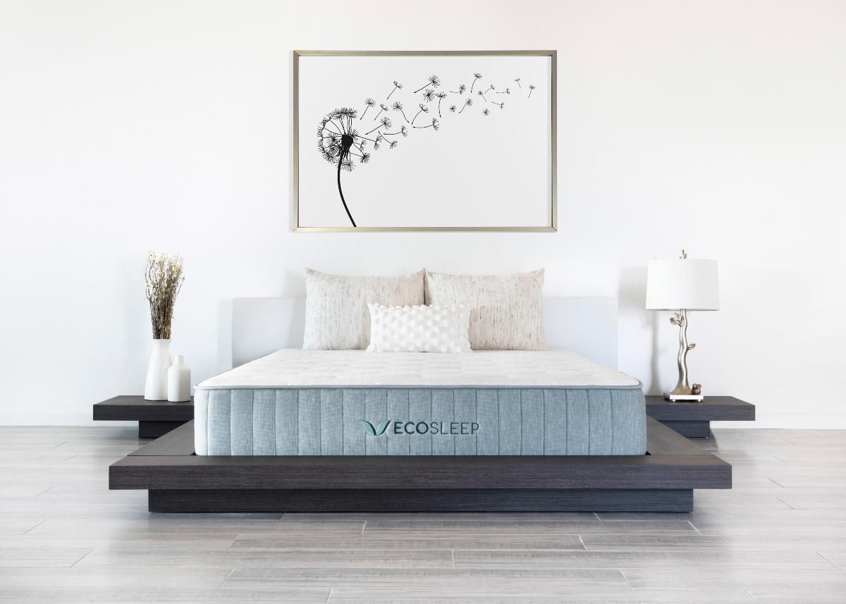 Mattress companies Brooklyn Bedding and Helix are joining forces in an acquisition by private equity firm Cerberus Capital Management.