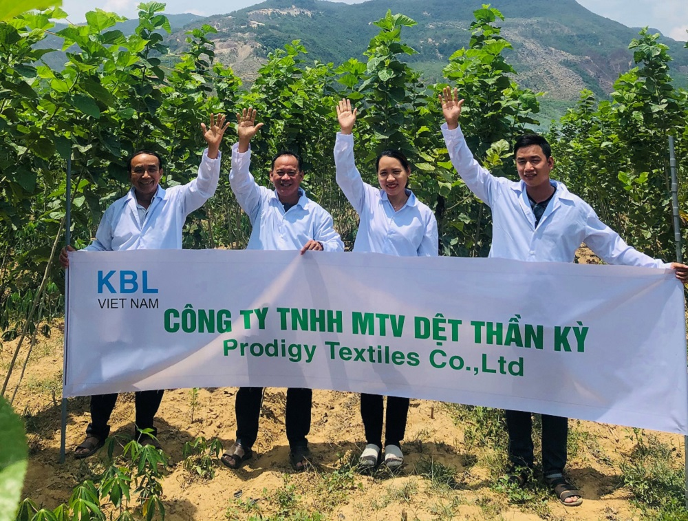 Kraig Biocraft, a spider silk producer, delivered the first fabric samples to Spydasilk Enterprises after its Vietnam textile mill reopened.