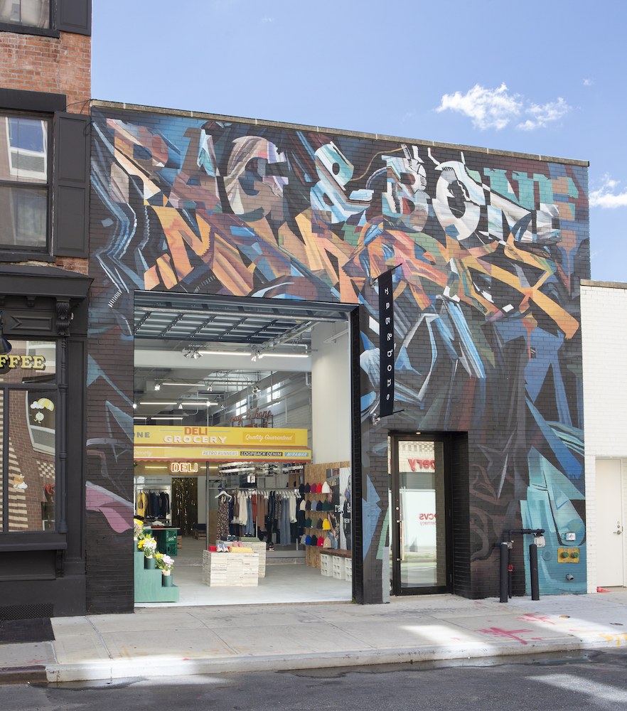 Rag & Bone recently opened a deli-themed popup shop located in the heart of Brooklyn.