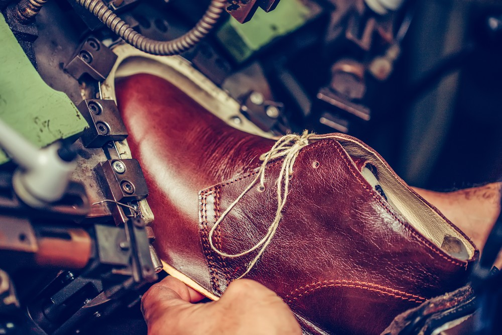 FIT, Yellowbrick and Footwear News announced the launch of a new entrepreneurship program.