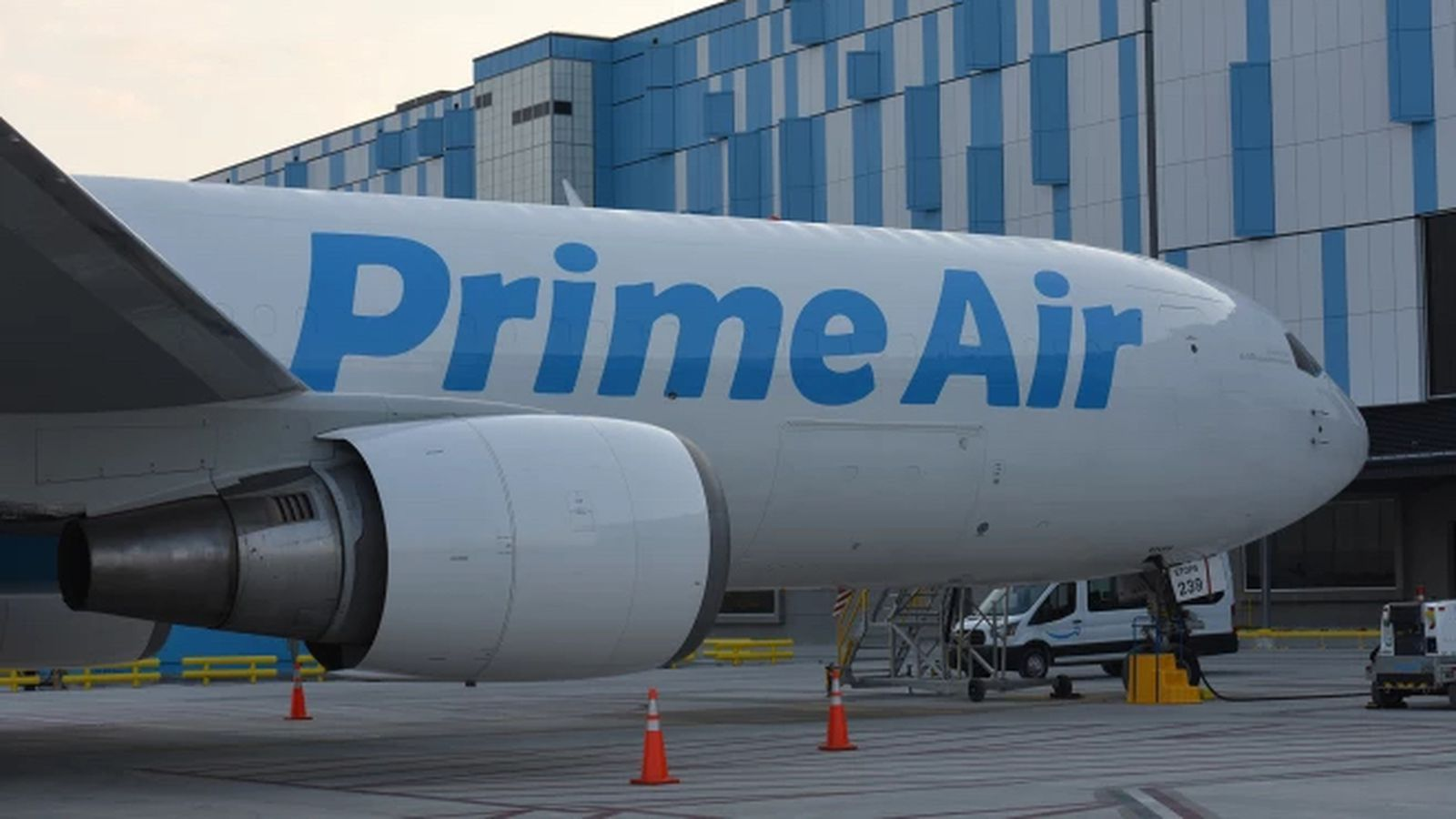 A Bloomberg report says Amazon is eyeing to add long-range cargo jets to directly transport goods from overseas markets such as China.